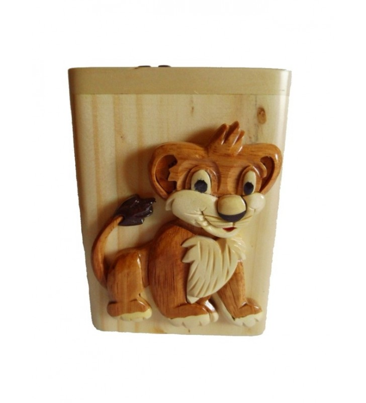 Lion, Tirelire en bois