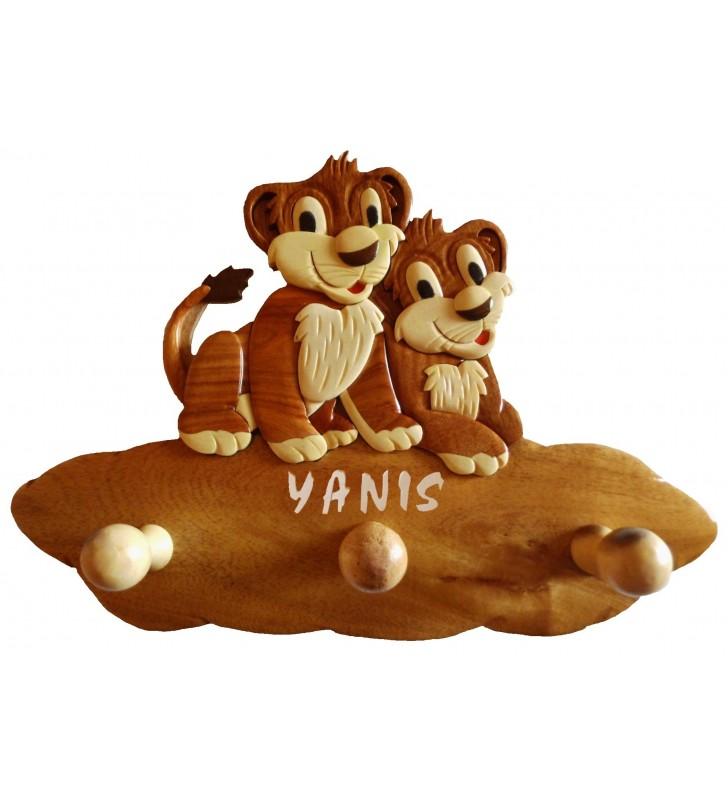Porte-manteau enfant en bois personnalisé, Lions