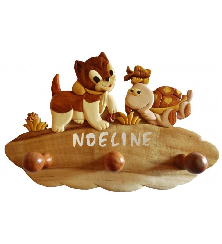 Porte-manteau enfant en bois personnalisé, Chat / Tortue