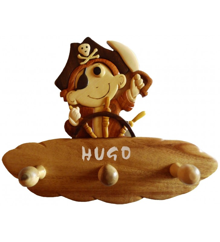 Porte-manteau enfant en bois personnalisé, Petit Pirate