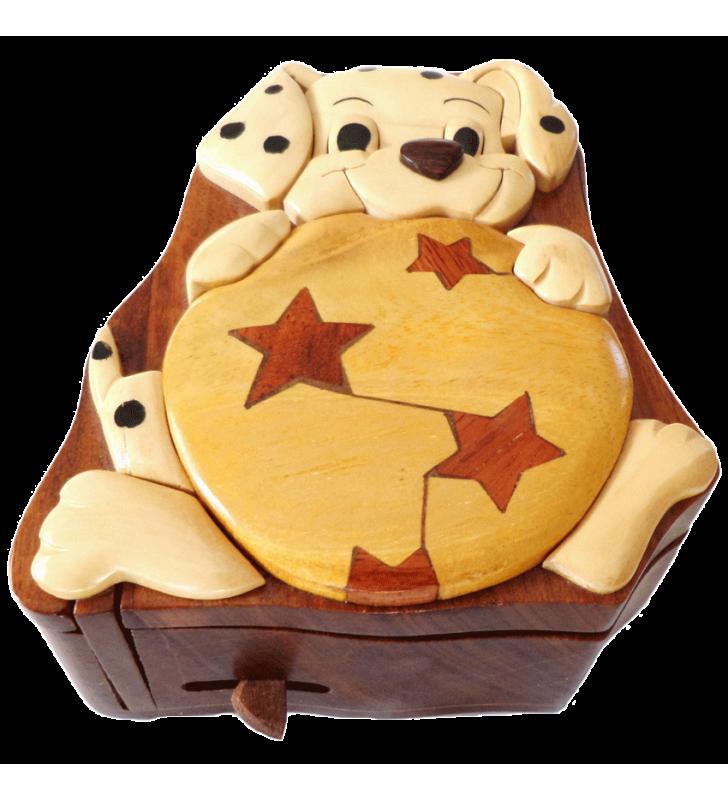 Ouverture mystérieuse de la boîte puzzle secrète à bijoux en bois intarsia, Chien dalmatien
