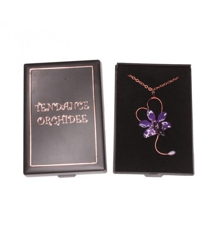 Bijou original orchidée ton violet, chaîne dorée, forme coeur