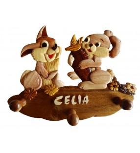 Porte-manteau enfant en bois personnalisé, Lapereaux
