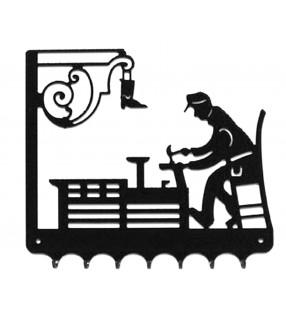 Accroche-clés, décor en métal, Cordonnier