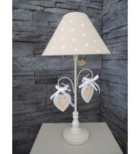 Lampe de chevet à poser, ambiance cosy, beige avec coeurs pour déco tendance