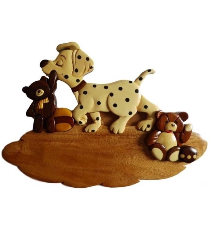 Plaque de porte prénom en bois, Chien et ses jouets