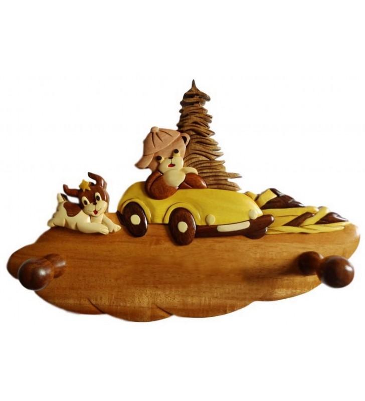 Porte-manteau enfant en bois personnalisable, Ourson en voiture