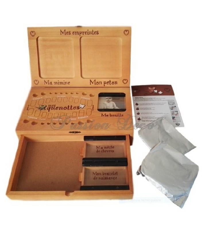 2 sachets d'argile et notice explicative fournis pour la réalisation des empreintes