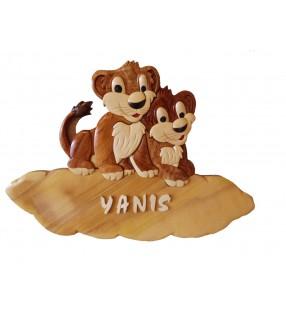 Plaque de porte prénom en bois, Lions