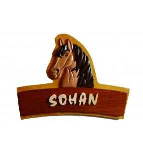 Plaque de porte prénom en bois, Cheval