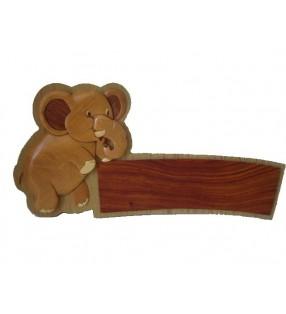 Plaque de porte prénom en bois, Eléphant