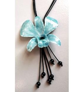 Vraie fleur d'orchidée Dendrobium bleue montée sur cordon coulissant noir