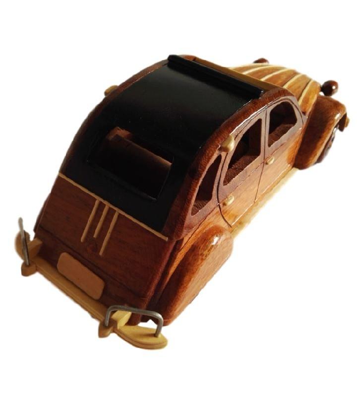 Maquette de 2 CV en bois pour clubs deuchistes