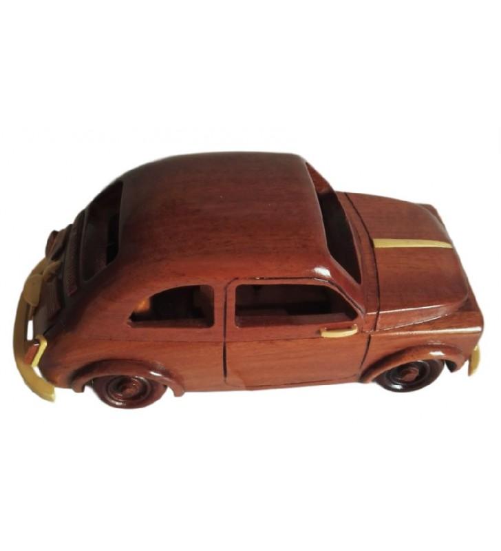 Maquette de voiture mythique, Fiat 500 en bois