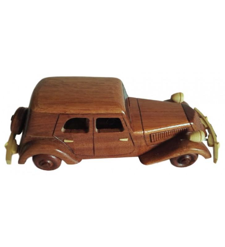 Maquette de voiture mythique, Traction, en bois