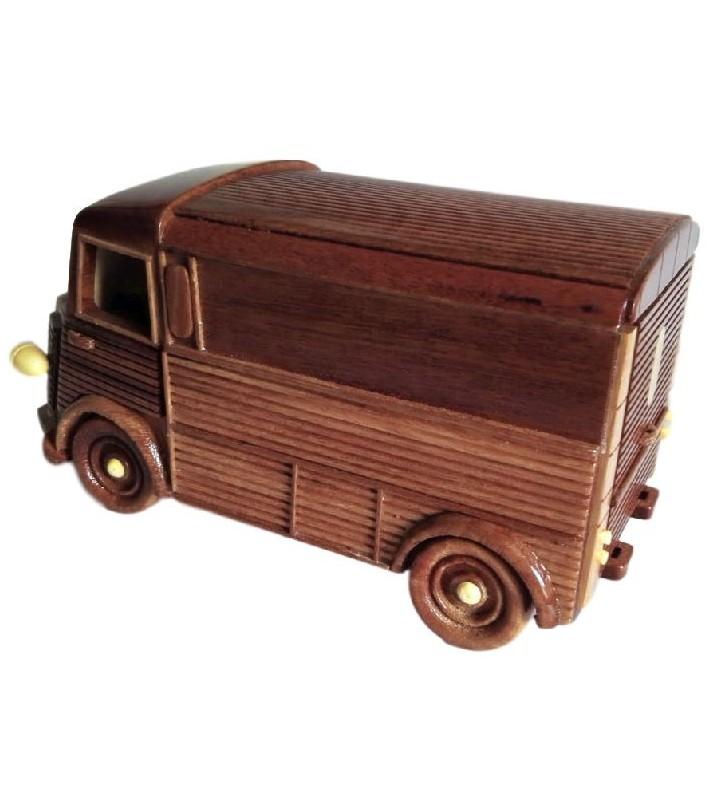 Maquette de voiture pour collectionneur en bois
