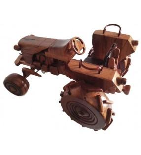 Maquette en bois, Tracteur