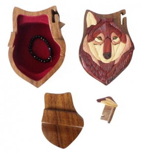 Intérieur de la boîte puzzle secrète à bijoux en bois intarsia, Loup