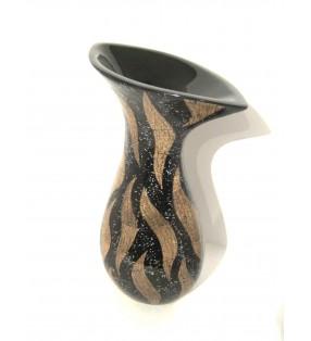 Vase en bois laqué et coquilles d'oeufs incrustées